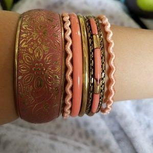 Jewelry - Set of 6 peach bangles